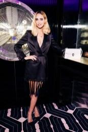 Modelo rubia en BGLAM Milan Fashion Week