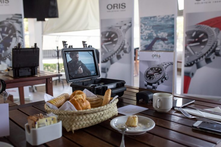 Desayuno durante la clase de buceo de Oris