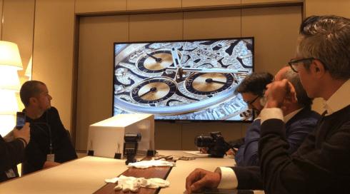 Personas en la presentacion de los nuevos modelos de Rolex