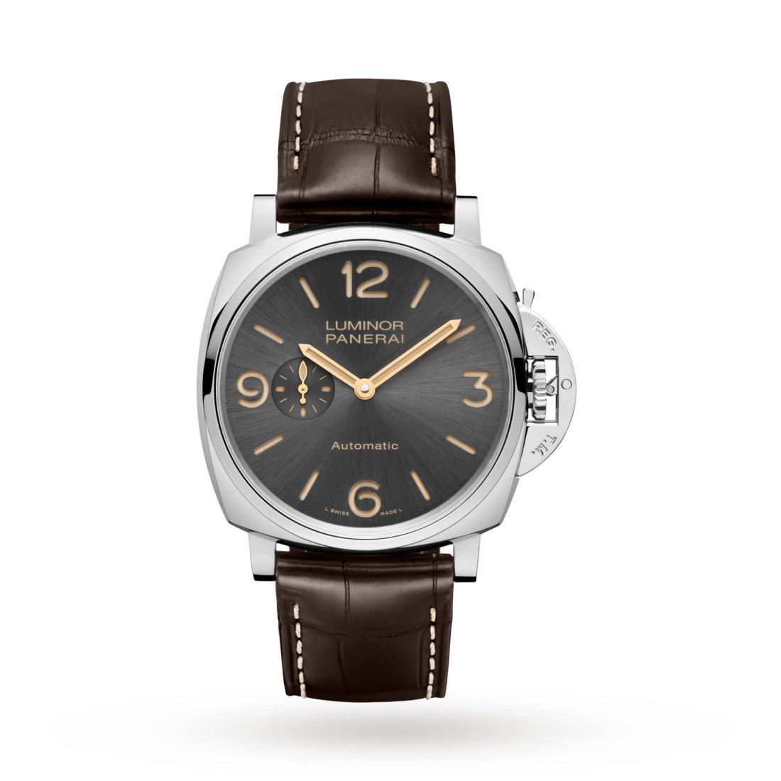 Reloj Panerai con correas color café y caratula en color plateado con negro