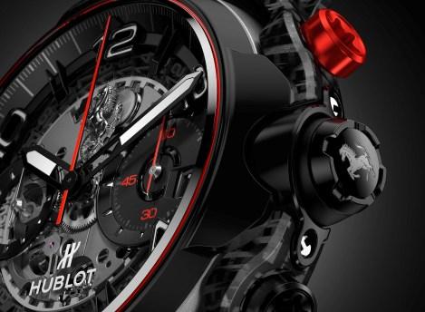 Reloj Hublot Ferrari en color negro con detalles en color rojo y plateado