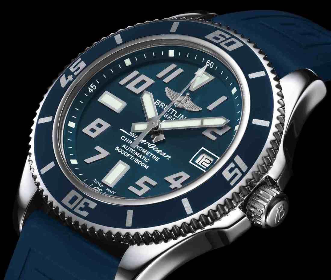 pantone Breitling Superocean 42