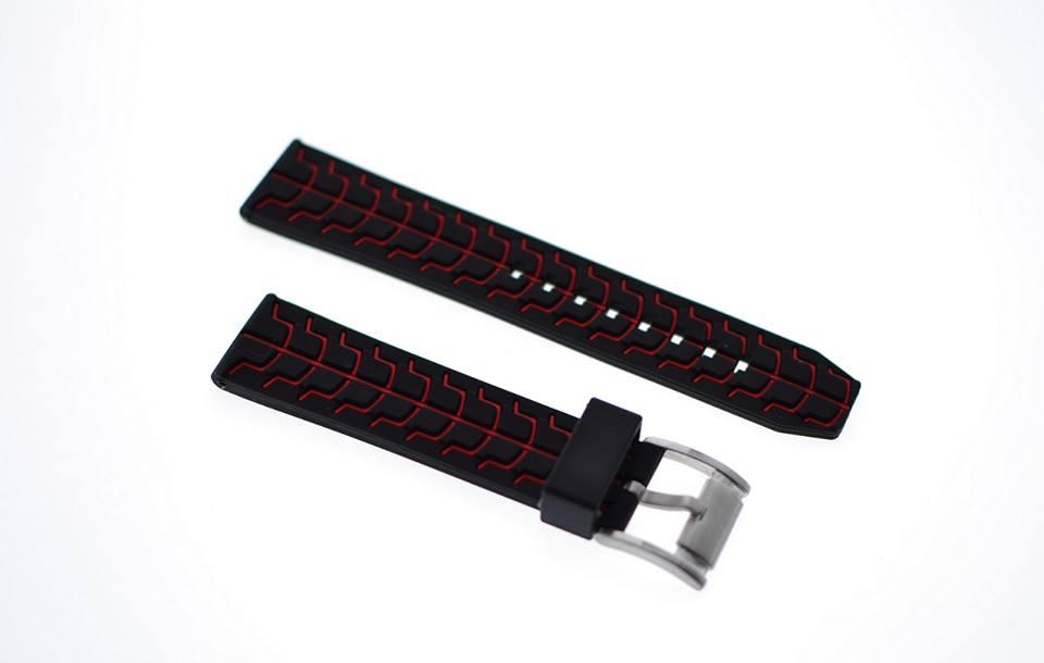 22m  rød/sort silikonreim