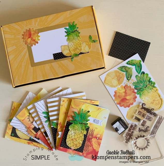 Paper-Pumpkin-Look-at-All-That-Is-In-The-Box