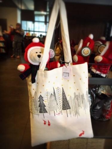 Malaysia Starbucks Christmas 2018 tote bag teddy bear