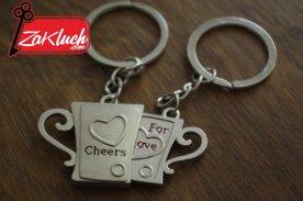 cheers_for_love_dvoen_kluchodurjatel4