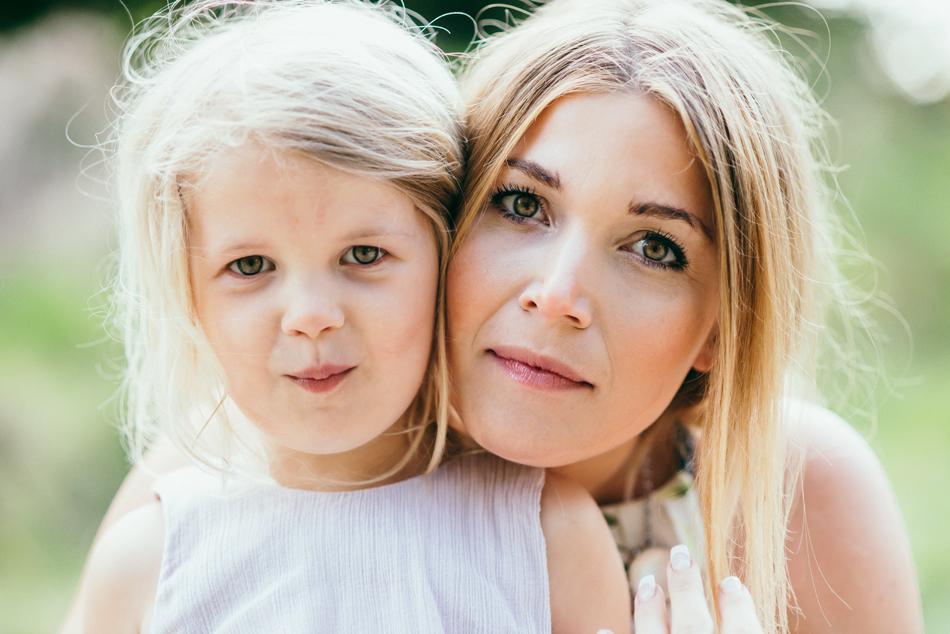 Familienfotos in Leck Portait Mutter und Tochter