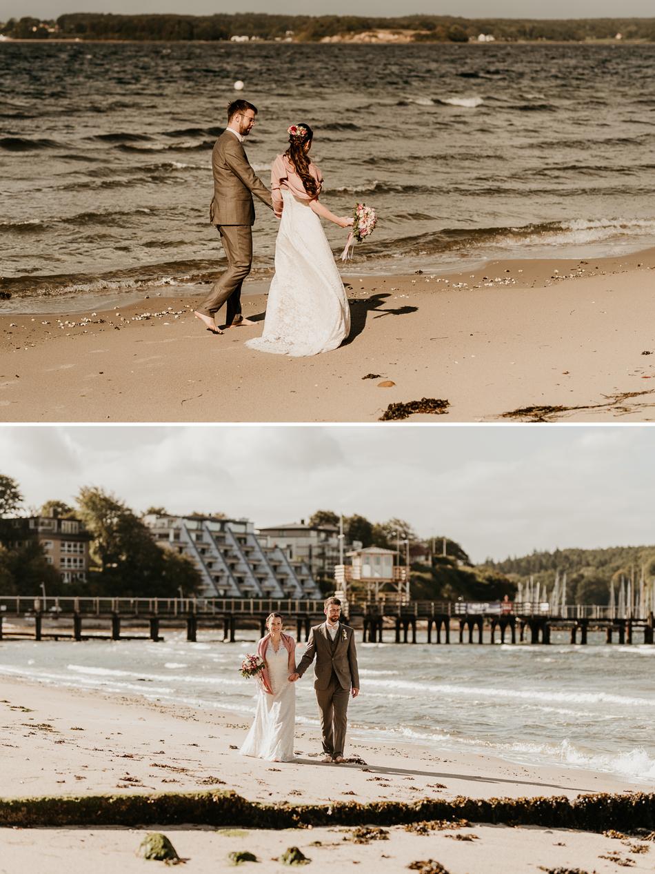 Brautpaar bei Hochzeitsfotoshooting am Glücksburger Schloss