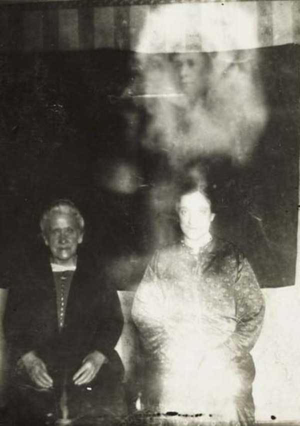 creepy pics from the past 13 Really Creepy Photos From 1920s (23 photos)