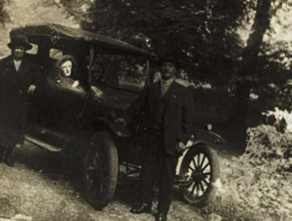 creepy pics from the past 2 Really Creepy Photos From 1920s (23 photos)