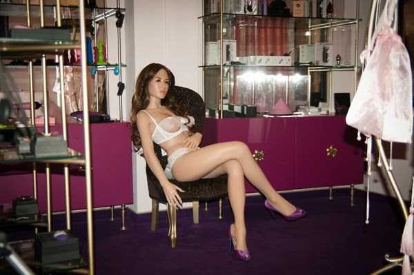 realistic sex dolls 18 Mind Blowing Hyper Realistic Sex Dolls (48 photos)