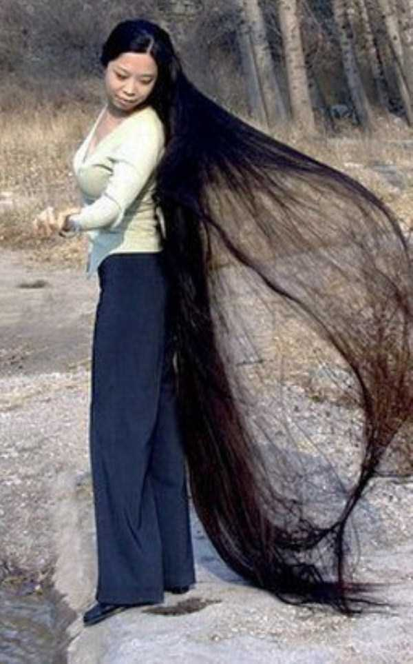 People With Ridiculously Long Hair