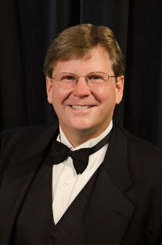 brucesouthard-conductor-stocktonchorale-headshot-kmcnickle