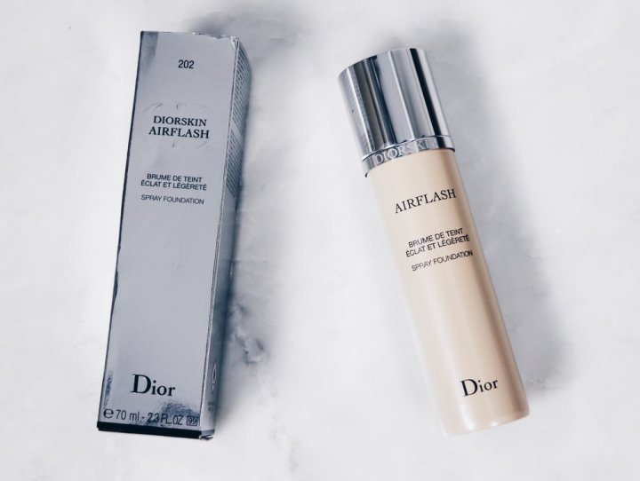 Dior -Diorskin Airflash Spray Foundation