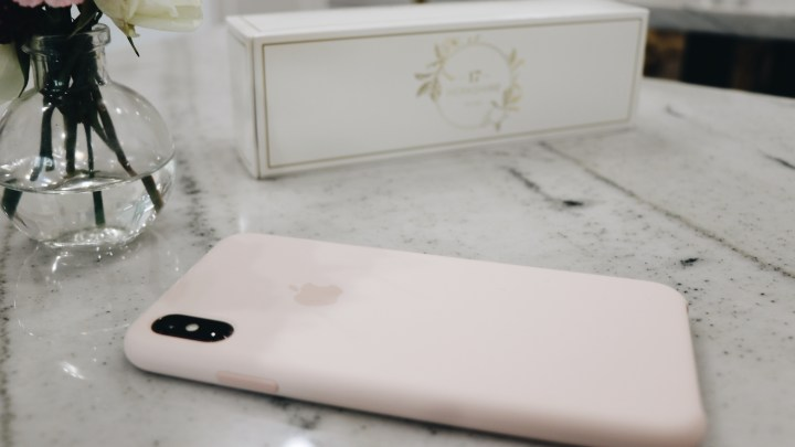 iPhone Xs Max Unboxing