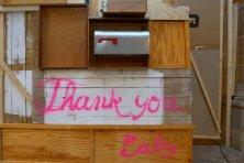 Sogar ein Postkasten wurde installiert.