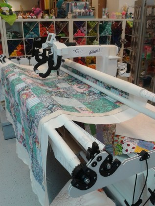 the Avante longarm in my local quilt shop