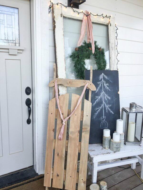 DIY Vintage Wooden Sled by Twelve on Main