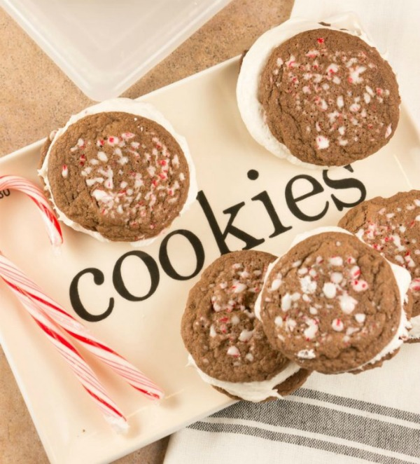 Chocolate Peppermint Marshmallow Cream Cookies