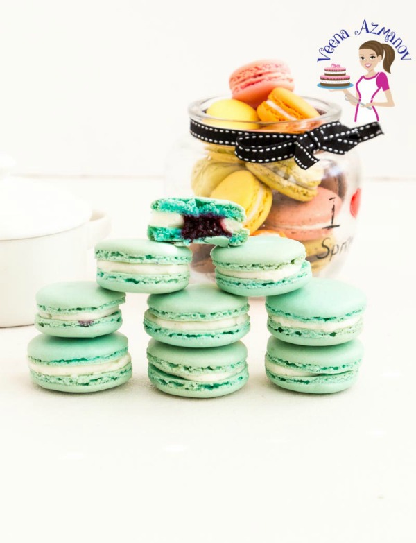 Blueberry Macarons with Blueberry Filling and Swiss Meringue