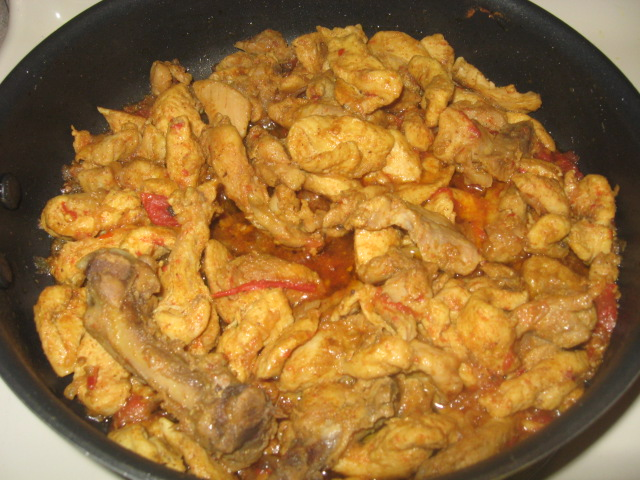 Chicken curry w/ tomatoes