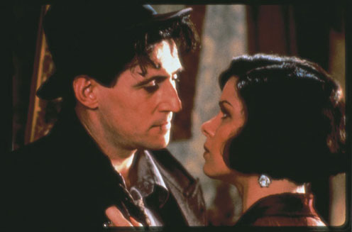 Troubled couple: Tom (Gabriel Byrne) & Verna (Marcia Gay Harden)