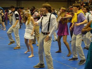 With the fierce cross-grade competition, does Spirit Week bring the Academy together or split us apart?