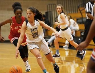 Girls Varsity Basketball Finishes Season in First Round of Playoffs