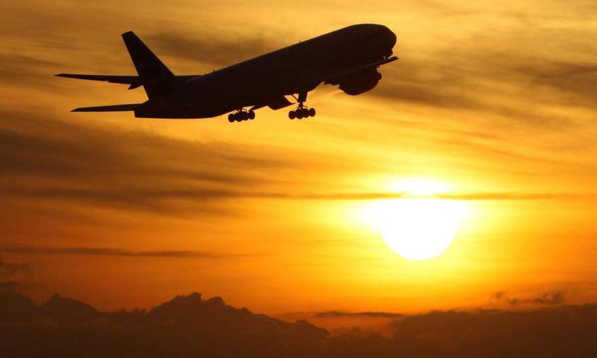 Airlines' failure to offer Covid cash refunds investigated by UK regulator