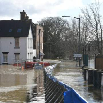 Record funding for flood defences in England as climate crisis worsens risks