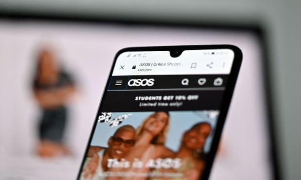 Asos chief Nick Beighton resigns as it warns over supply chain pressures