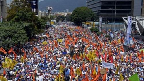 Tienduizenden betogers zijn opnieuw de staat opgegaan