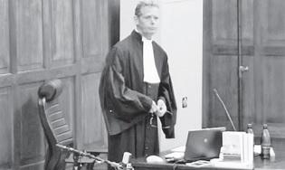 Rechter Constantijn van Dam van Isselt legde het verzoek van de advocaten van de verdachten en officier van justitie Gert Rip (foto) naast zich neer. Zijn argument: het algemeen belang moet het zwaarst wegen.