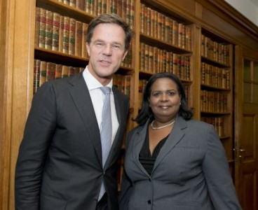 Gevmin Marvelyne Wiels bezoekt MP Mark Rutte in 't Torentje