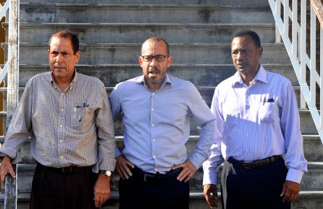 Tuchtkamer heeft 6 weken beraad nodig voor klachten tegen advocaten Eldon 'Peppie' Sulvaran, Chester Peterson en Anthony Eustatius
