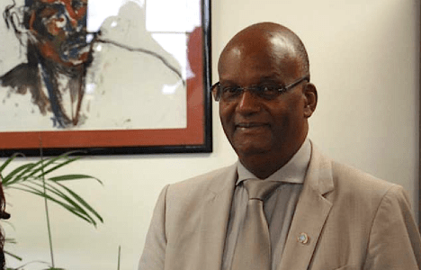 SXM Parliament angry, says dennis' agreement takes away their power and givng it to the Dutch
