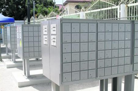 Cpost gaat door met plaatsen community boxes