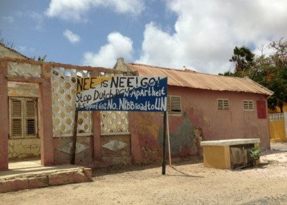 Het overtuigende 'nee' bij het referendum van december 2015 bevestigde ook al dat inwoners van Bonaire niet tevreden zijn over de invulling van de band met Nederland sinds 10.10.10. | Foto: Janita Monna
