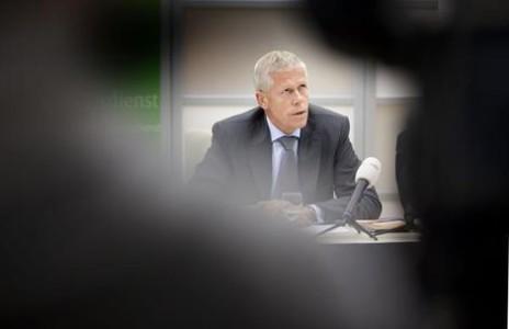 Rob AIVD-baas Bertholee waarschuwt Nederland