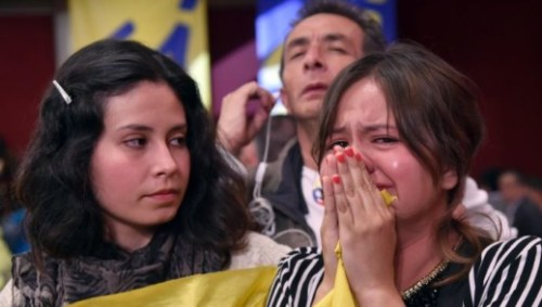 Teleurstelling in Colombia nadat het vredesakkoord met de rebellengroepering FARC is afgewezen in een referendum. Foto: AFP