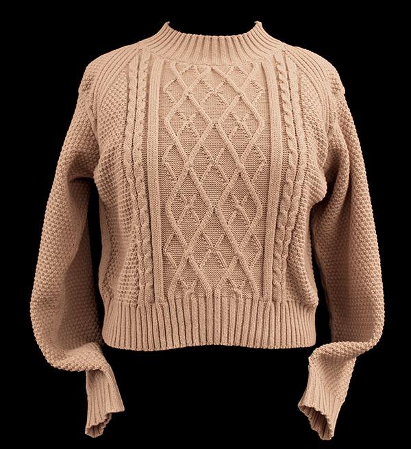 Designer: Nicole Hough- knitGrandeur: FIT & Biagioli Modesto Collaboration 2018: Term Garment Project Featuring Cash 30
