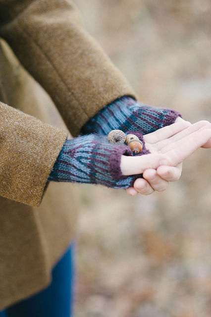 quince-co-desafinado-hat-mitts-veronik-avery-knitting-pattern-piper-4_medium2