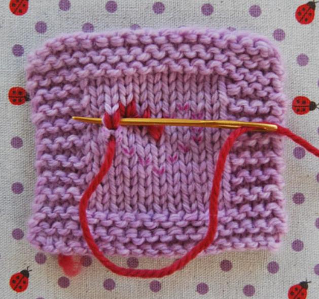 Как сделать вышивку на вязаном изделии (3)