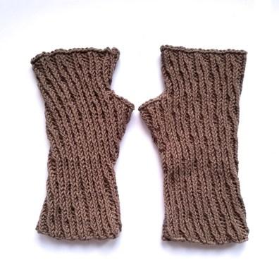 16-09-07-gloves-4