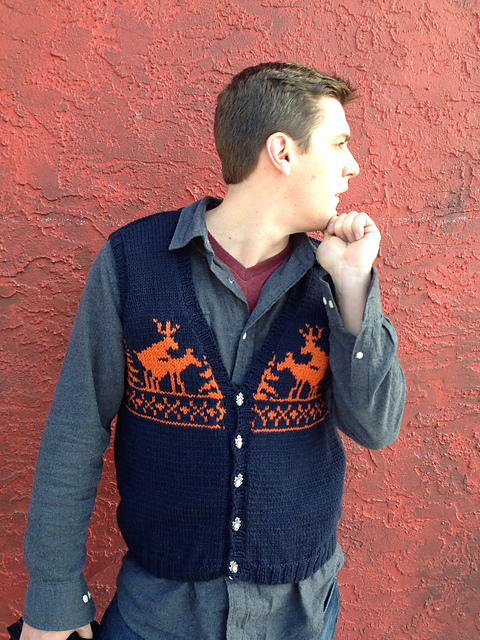 Modification Monday: Fornicating Deer Vest | knittedbliss.com