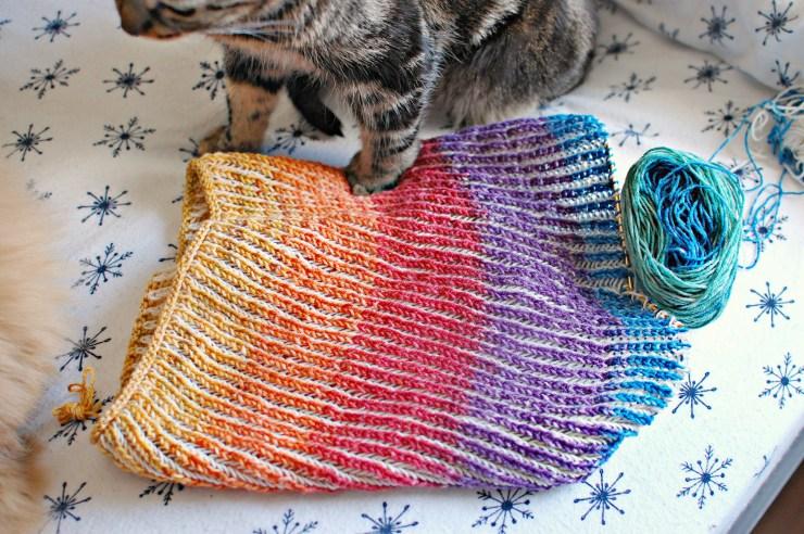 Knit in Progress: Chromatic Cowl |knittedbliss.com