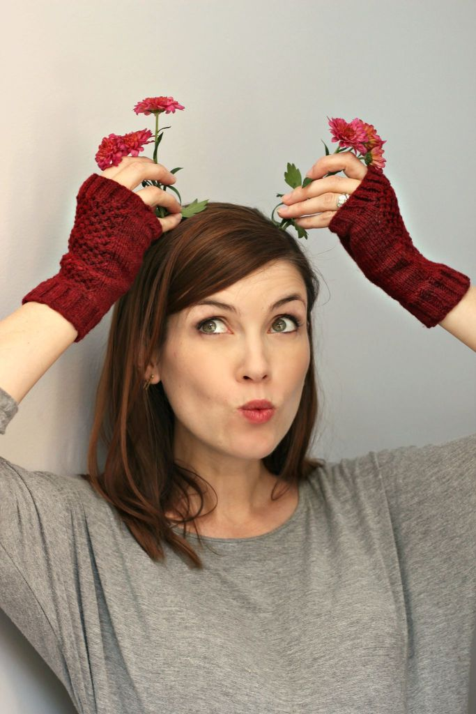 Outtakes: Fergus Mitts | knittedbliss.com
