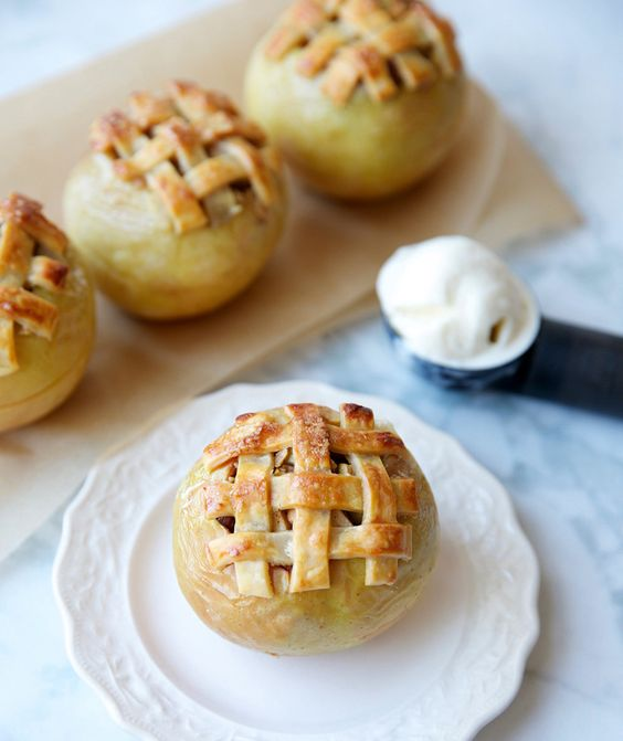 Modification Monday: Baked Apple Pies | knittedbliss.com