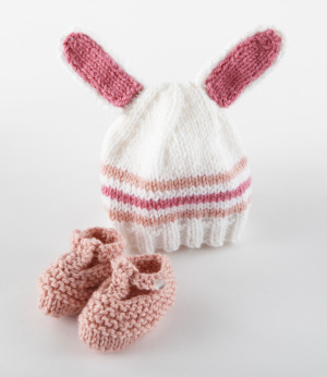 bunny hat lion brand yarn