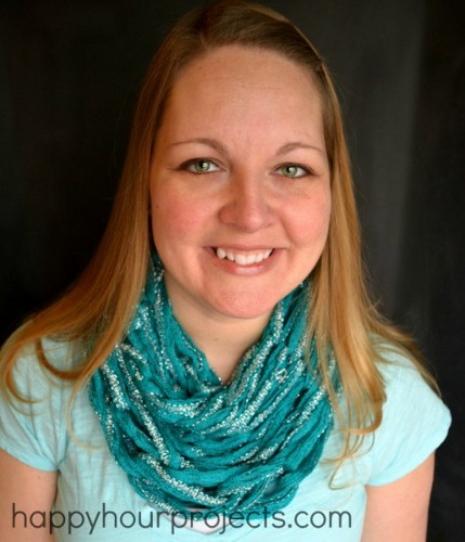 Make An Arm Knit Scarf For Spring Knitting